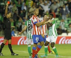 ¿Hay algo más injusto que penalti y tarjeta?