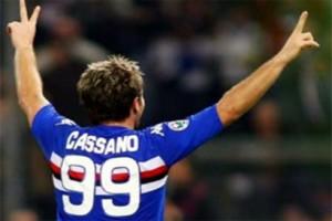 Cassano con su peculiar 99 a la espalda