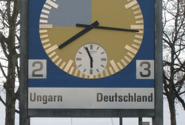 Wankdorf_1954_world_cup_final_match_clock