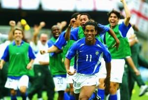 Ronaldinho gol contra Inglaterra 2002111