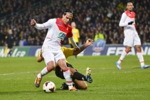 El momento de la lesión de Falcao (Foto: 20minutos.es)