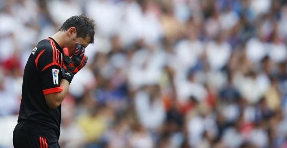 Casillas-tapa-cara-2012-efe-valencia