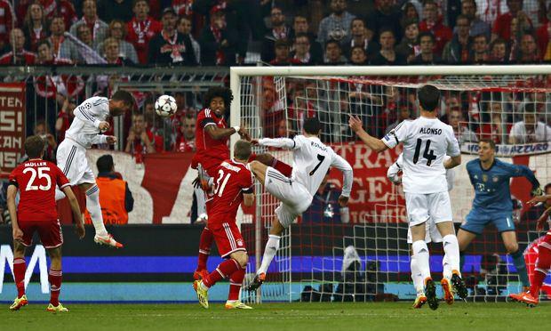 Gol de Sergio Ramos en el Allianz Arena (Foto: theguardian.com)