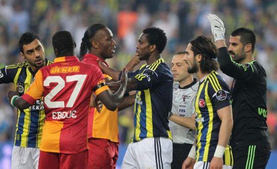 Galatasaray_fenerbahçe_Drogba