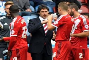Aitor Karanka dando instrucciones a sus jugadores