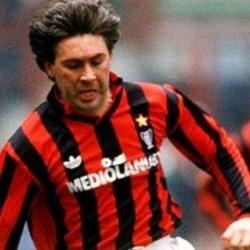 Ancelotti jugador Milán