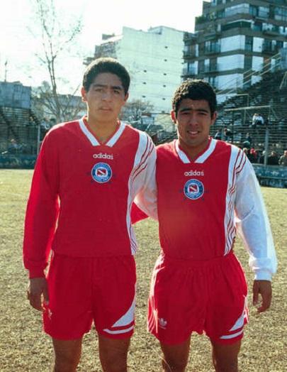 Riquelme y Emanuel Ruiz