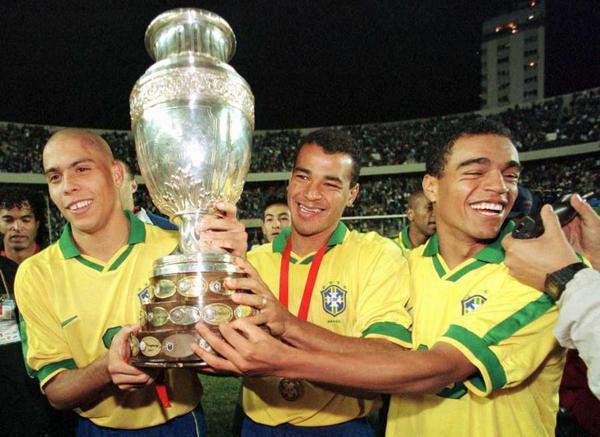 Ronaldo, Cafú y Denílson Copa América 1997
