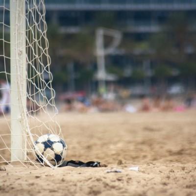 Fútbol_playa_(8181486225)
